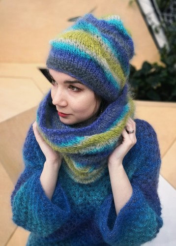 NEW! Morning Waves - Hat and Snood Set